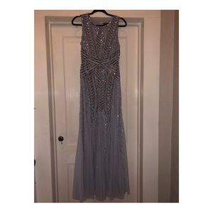 ADRIANA PAPELL SIZE 6 GREY DRESS WORN ONCE ❤️